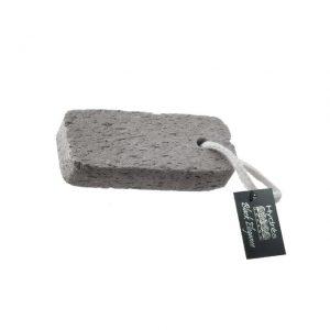 Natūralus raižytas pemzos akmenukas su virvele